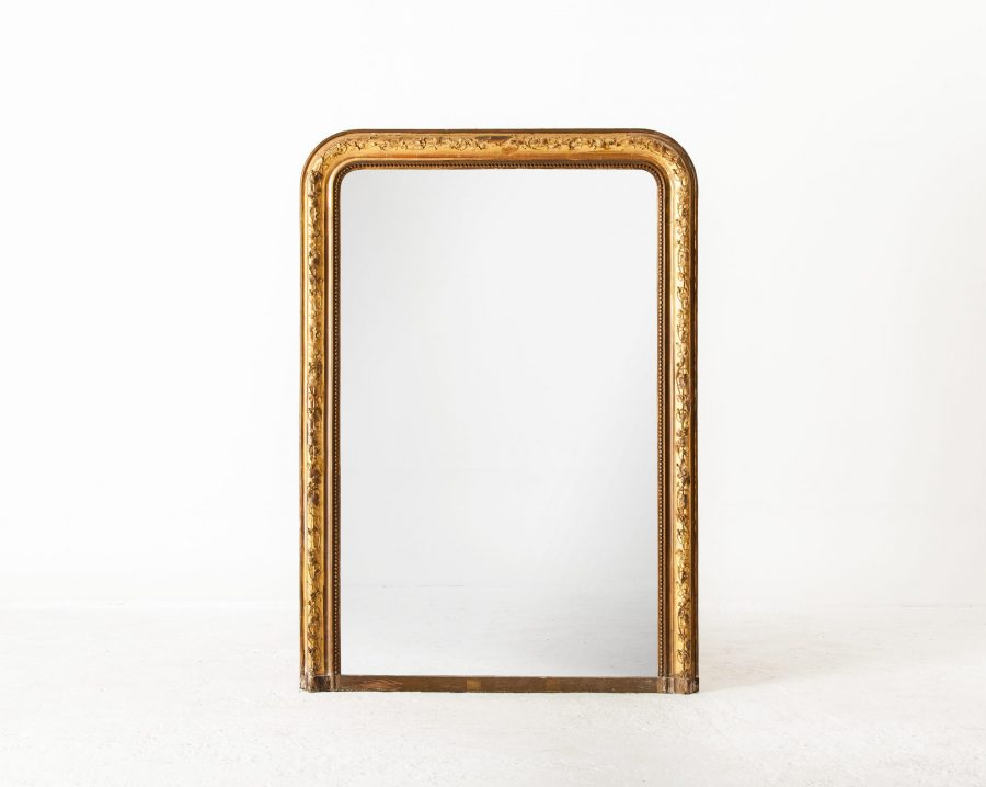 ALTEA IMG 6769 300dpi Hold scaled Gilded French Mirror