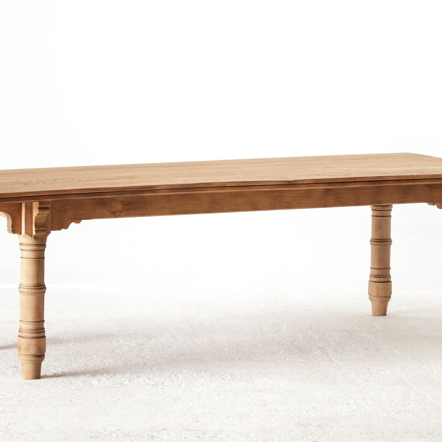 ALTEA IMG 7948 300dpi 3700 Custom Oak Dinning Table